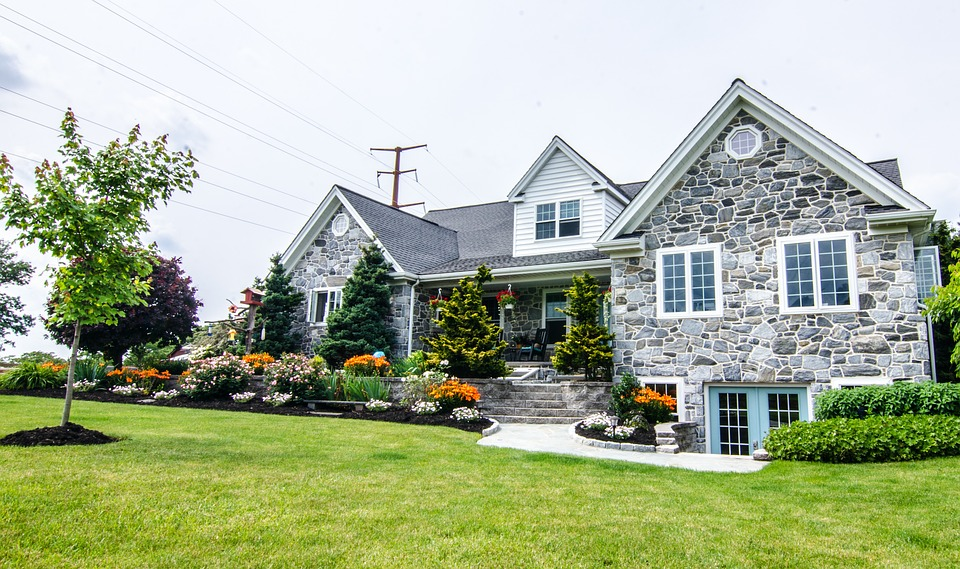 Keep Watching for New Windsor-Essex Real Estate Listings This Summer